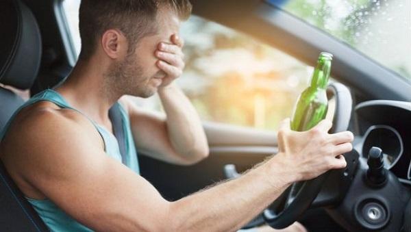 Consecuencias para el conductor que causa un accidente y es positivo por alcoholemia