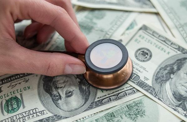 Costos del informe medico de un accidente de trafico y responsabilidades para pagarlos