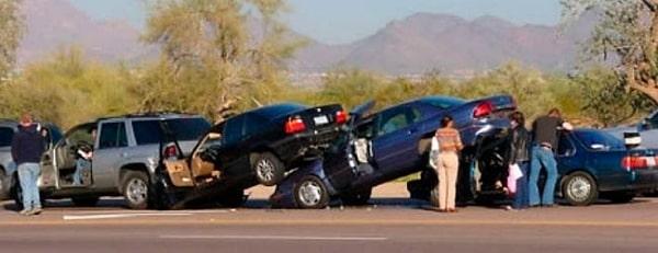 Sobre quien recae la culpa en el caso de que se produzca un accidente a causa de una reaccion en cadena